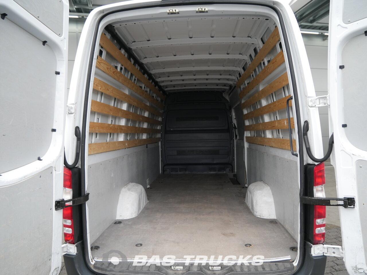 mercedes nutzfahrzeuge gebraucht mercedes benz. Black Bedroom Furniture Sets. Home Design Ideas