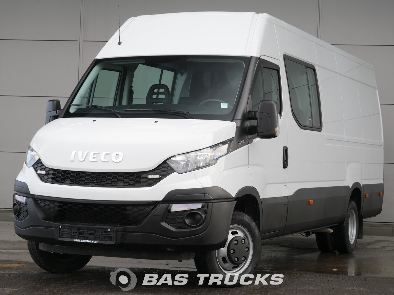 iveco daily kombi vozila euro norma 0 26900 bas vans. Black Bedroom Furniture Sets. Home Design Ideas