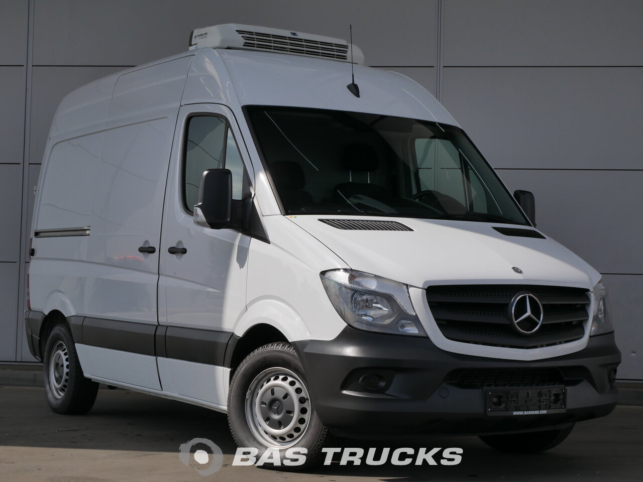 mercedes sprinter light commercial vehicle bas vans. Black Bedroom Furniture Sets. Home Design Ideas