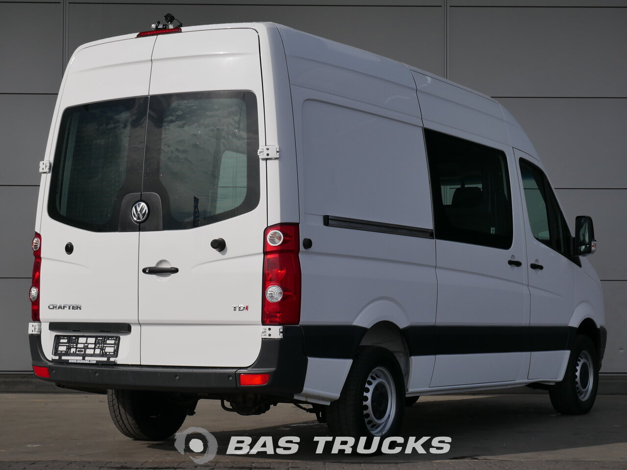 volkswagen crafter light commercial vehicle bas vans. Black Bedroom Furniture Sets. Home Design Ideas